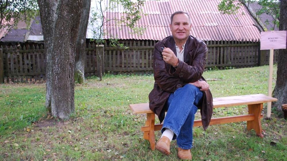 """""""Svarbiausia publicistikoje – viskas turi būti išgyventa, nesumeluota, nesuvaidinta"""", - sakė Česlovas Skaržinskas. Asmeninio albumo nuotrauka"""